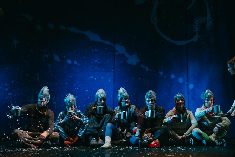 «Сказка о мертвой царевне и семи богатырях».  Театр «Старый дом».  Режиссер  Сергей Чехов.