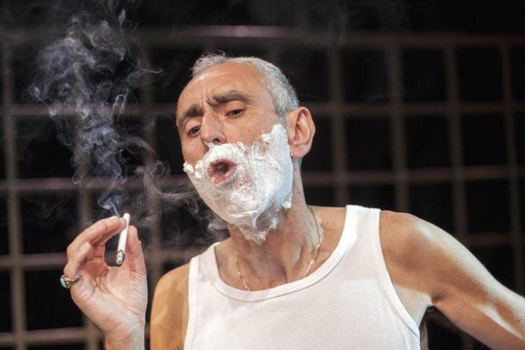 """Моноспектакль """"Кино за лиру"""", режиссер Аелет Кохави Самселик"""